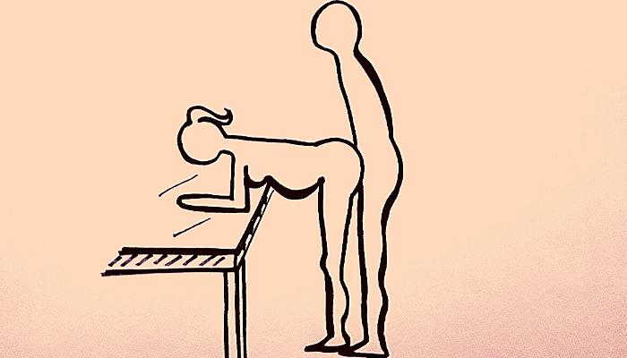 La Pecorina in piedi in gravidanza